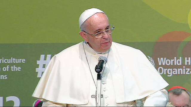 Pope Francis calls for people to live together in solidarity