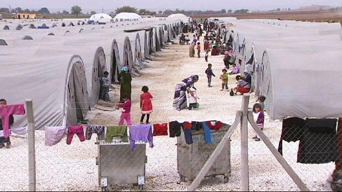 """""""Türkiye'deki Suriyeli mültecilerin sadece 220 bini kamplarda yaşıyor"""""""