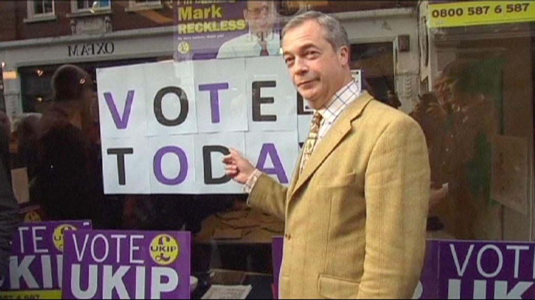Regno Unito, Cameron perde altro deputato a favore di Farage