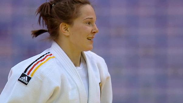 Dos judocas españoles, a las puertas del bronce en Qingdao