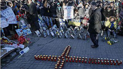 Jahrestag der Maidan-Proteste: Ukraine erinnert an Opfer in Kiew