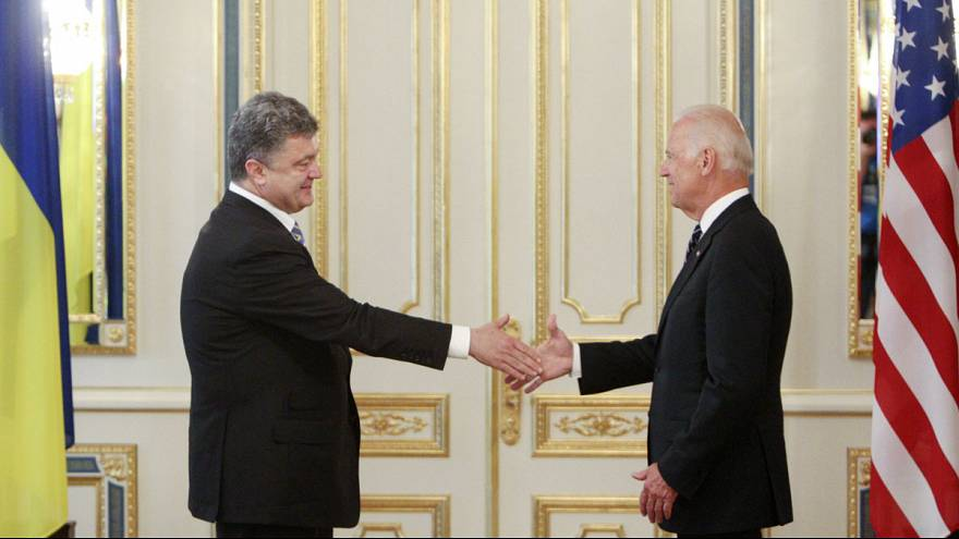"""US-Vize Biden droht Russland in Kiew mit weiteren """"Kosten"""""""