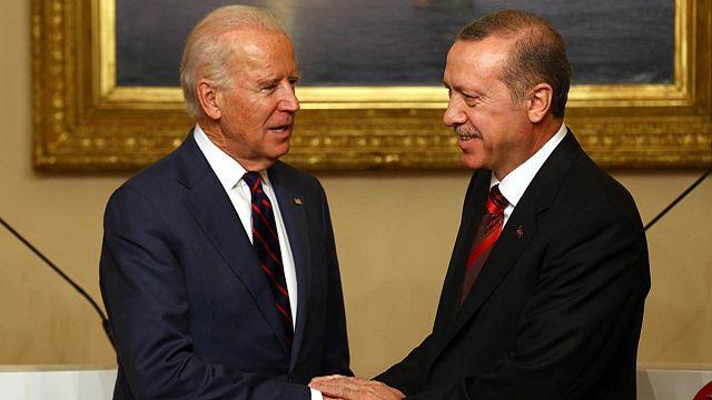 Biden and Turkish President discuss crisis in Syria