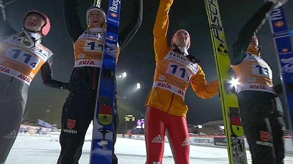 درخشش آلمان در نخستین مرحله از رقابت های فصل پرش با اسکی تیمی