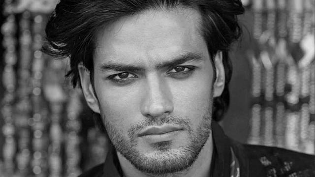 Manu Bora: model and role model