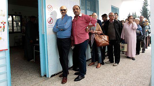 Tunisie: plus de 5 millions d'électeurs appelés à choisir leur président
