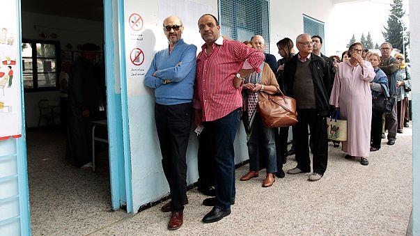 تونس تشهد اليوم اول انتخابات رئاسية حرة في تاريخها