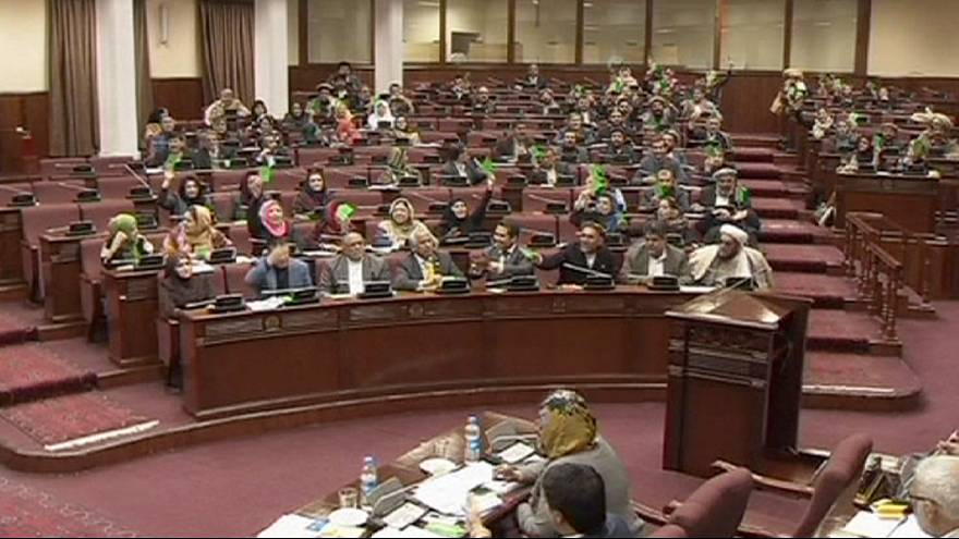 Afghanistan MPs approve security deal