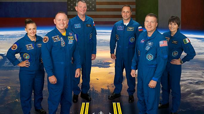ISS : un nouvel équipage, une machine à café et du caviar !