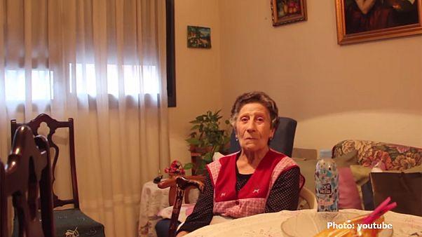 Ποδοσφαιρική ομάδα βοηθά 85χρονη που της έκαναν έξωση