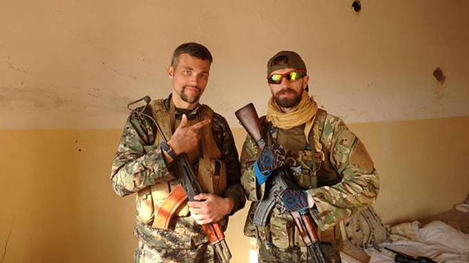 "British ""mercenaries"" join fight against Islamic State militants"
