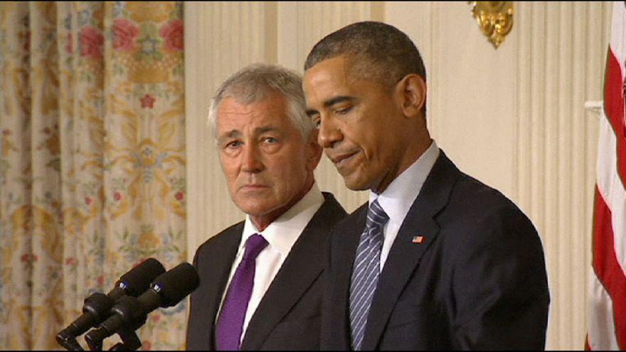 اوباما يعلن استقالة هيغل