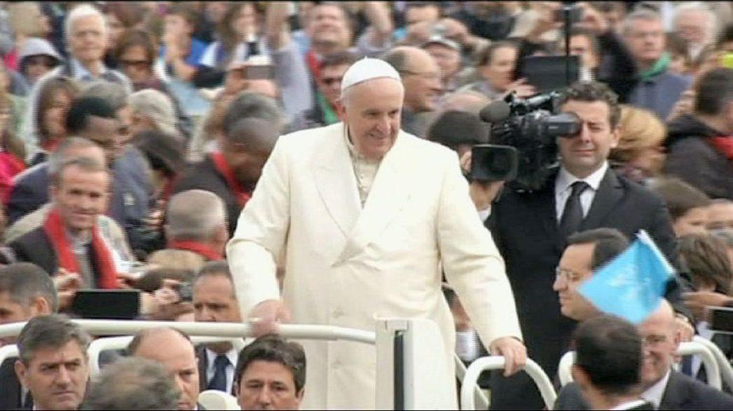 Il primo papa non-europeo al Parlamento europeo. Papa Francesco chiederà un'economia piu' solidale