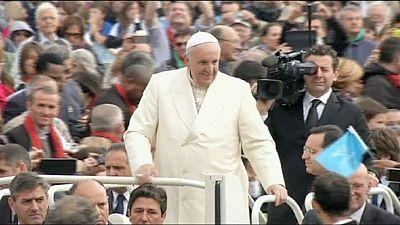 Papa Francisco apresenta mensagem política no Parlamento Europeu