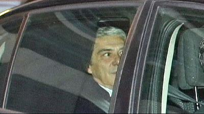 Judge keeps former Portuguese PM Socrates in custody in corruption inquiry
