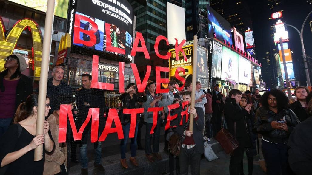 El policía que mató a un joven negro en Ferguson(EEUU) queda libre sin cargos