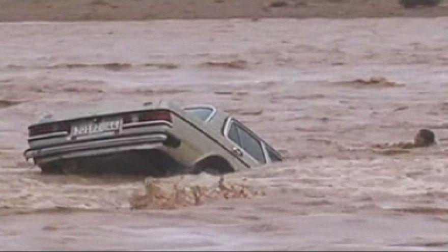 قتلى ومفقودون في فياضانات عارمة في الجنوب المغربي بسبب الأمطار الغزيرة