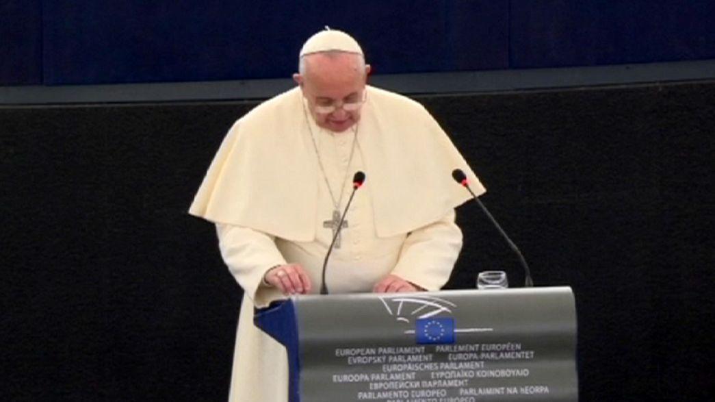 Le Pape appelle l'UE à offrir aide et accueil aux migrants clandestins