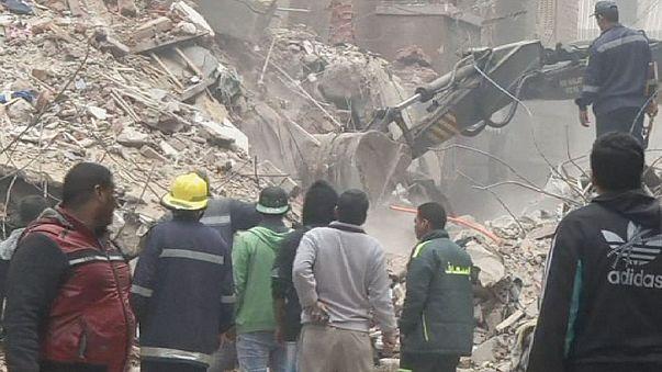 Al menos 15 muertos al derrumbarse un edificio en El Cairo