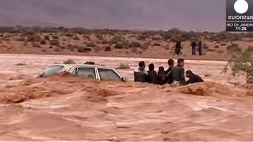 الاعلام المغربي ينتقد تعامل الحكومة مع الفياضانات الأخيرة