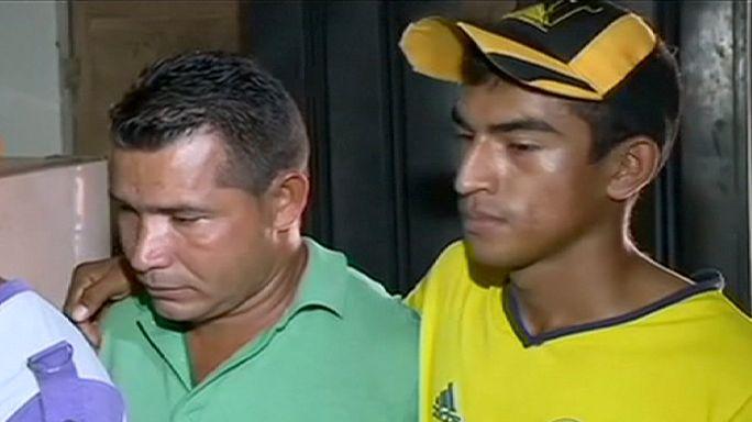 Két túszt engedtek el Kolumbiában, hárman még fogságban