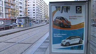 Haro sur les panneaux publicitaires à Grenoble