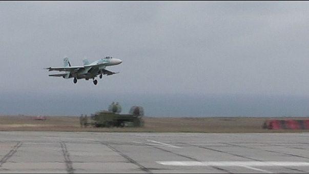 Moszkva harci repülőket telepített a Krímbe