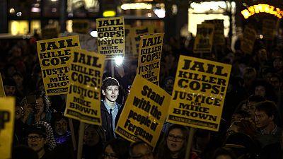Ferguson: Indignação alastra a mais de centena e meia de cidades