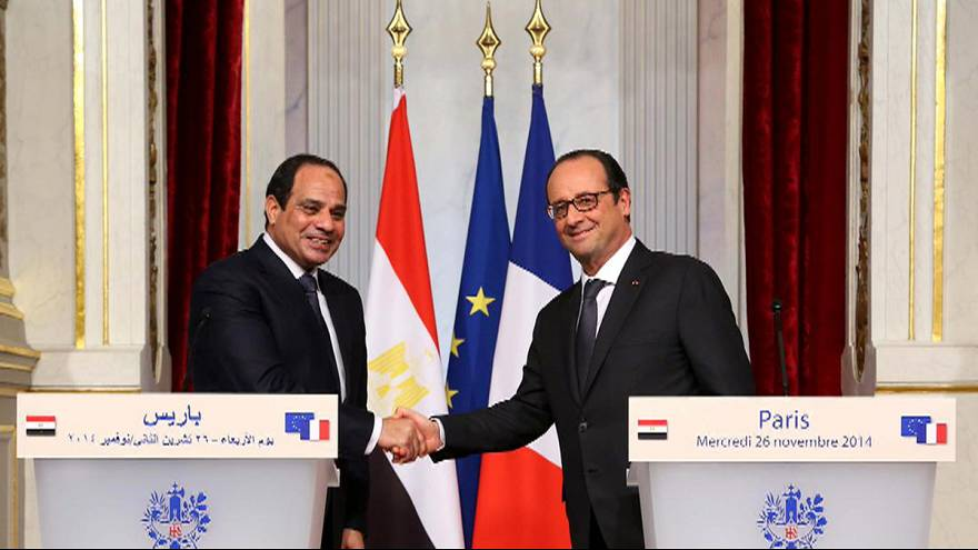 Az egyiptomi elnök Párizsba érkezett