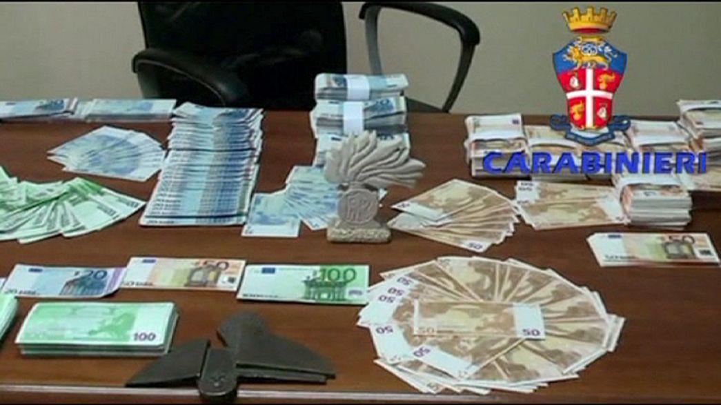 La Policía italiana desmantela una importante red de falsificación de dinero