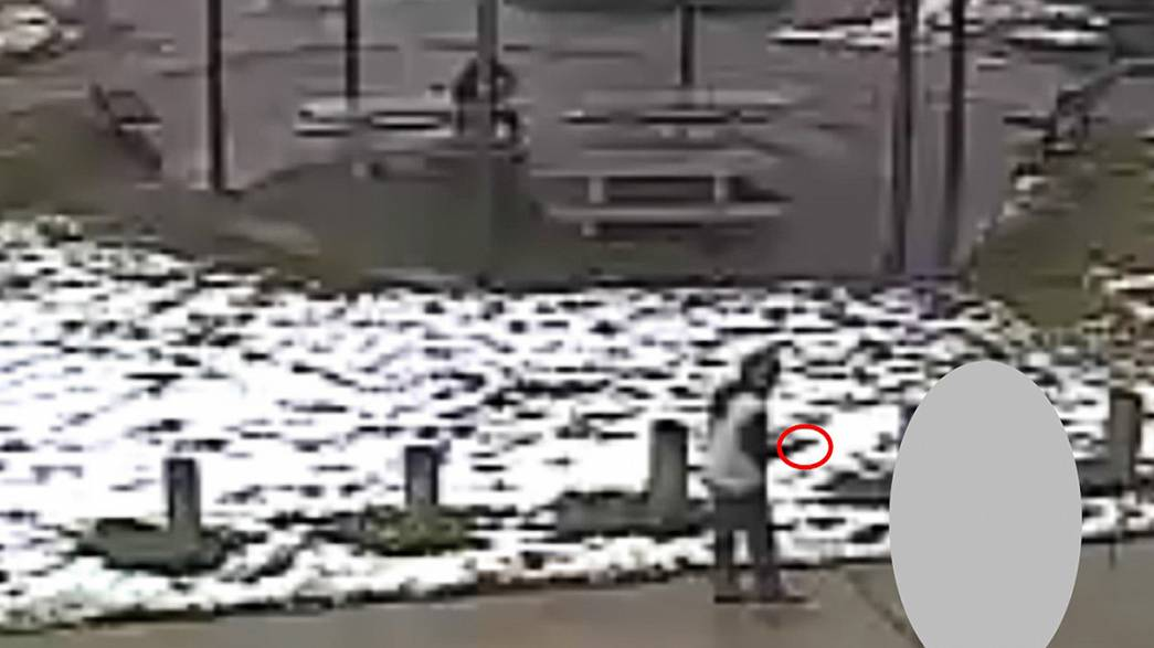 La policía de Cleveland difunde el video que muestra el tiroteo de un niño de 12 años