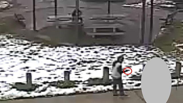 Videó a Clevelandben lelőtt, játékpisztollyal hadonászó tizenévesről