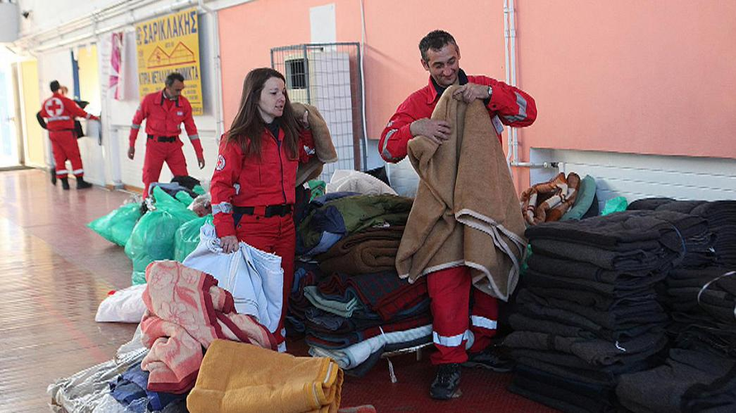 Crete prepares for arrival of stricken freighter crammed with migrants