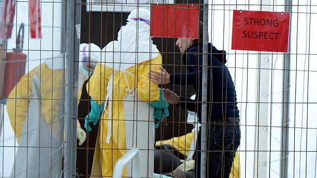 İnsan üzerinde ilk kez denenen Ebola aşısından olumlu sonuçlar