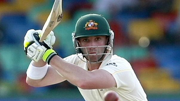 Bola fatal para o internacional australiano de críquete Phillip Hughes