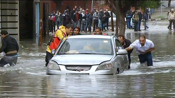 الفيضانات تسبب في اعلان حالة الطوارىء في غزة
