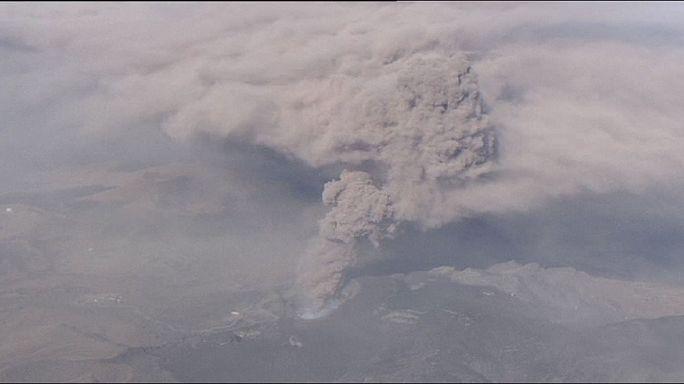 Японский вулкан Асо остановил самолеты