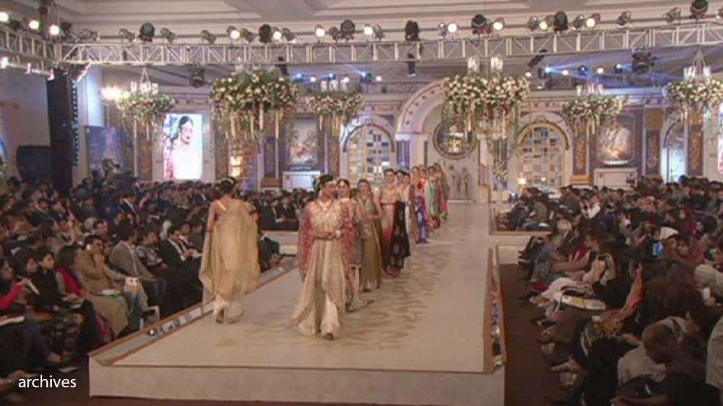 Pakistan Fashion Week wows with wonderful designs