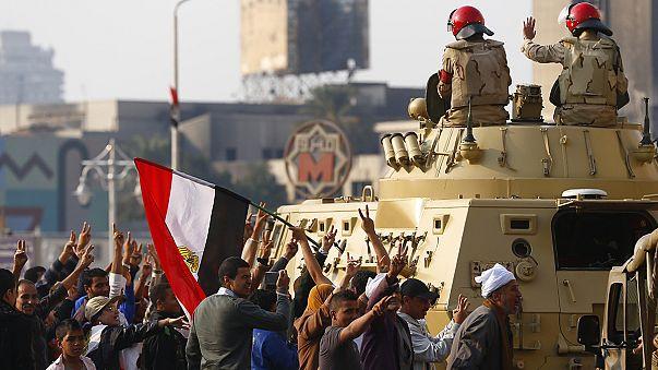 Manifestações e ataques fazem três mortos no Egito