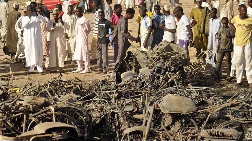 Нигерия: президент обещает покарать террористов, устроивших взрыв в мечети