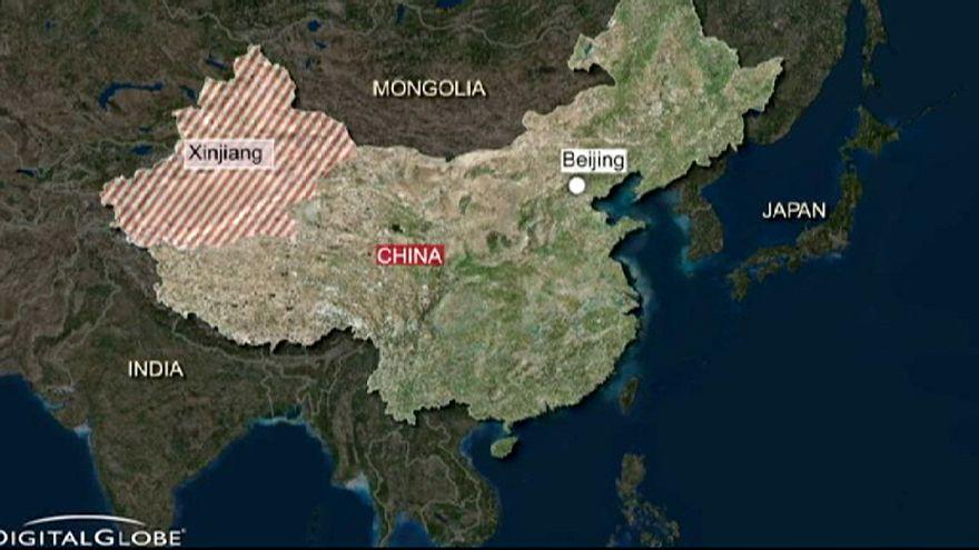 Quince muertos en un atentado este viernes en la región china de Xinjiang