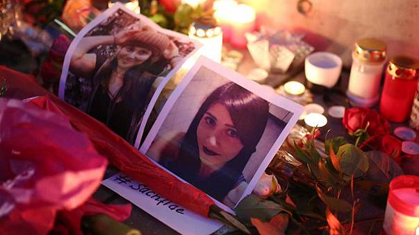 ألمانيا: تجمع لتكريم الشابة توتشي البيرق