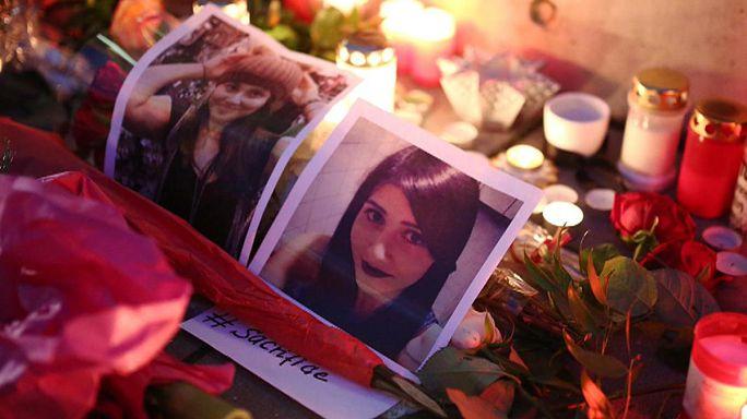 Almanya'da binlerce kişi Tuğçe Albayrak'ın cesaretine saygı için toplandı