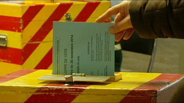 İsviçre referandumda kritik yasa tekliflerini reddetti