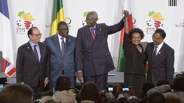 La primera mujer y primera no africana en presidir la Francofonía