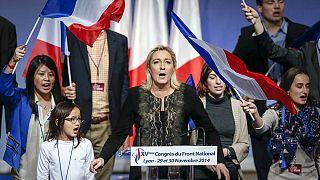 Γαλλία: Η Μαρίν Λε Πεν «βλέπει» το Μέγαρο των Ηλυσίων