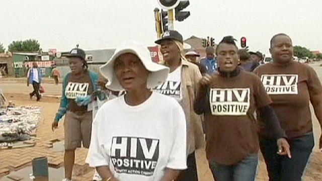 """Эксперты ООН говорят о """"начале конца"""" эпидемии СПИДа"""