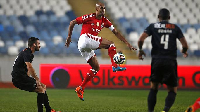 Liga Portuguesa, J11: Benfica, Porto e Sporting tranquilos, Vitória de Guimarães não desarma