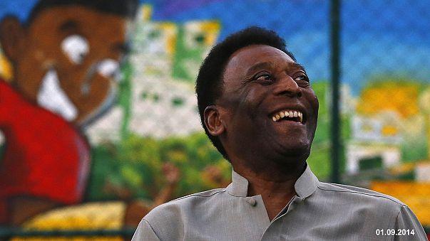 Pelé auf dem Weg der Besserung