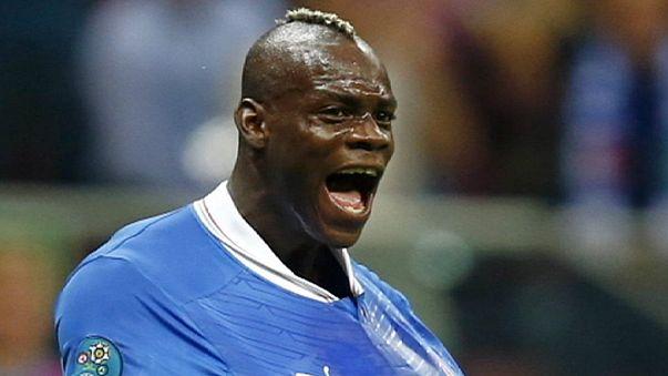Mario Balotelli volta a ser notícia e continua a não ser pelos golos